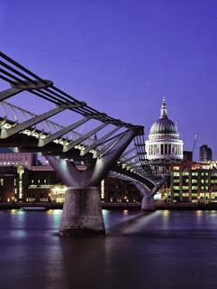 Millennium Bridge, Londres, Reino Unido