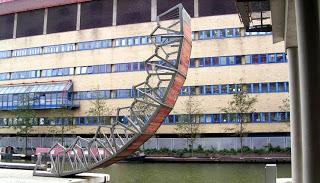 diseño de puente hidráulico de Thomas Heatherwick