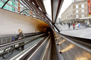 Domotica Arquitectura Dinámica Admirant Entrance Building