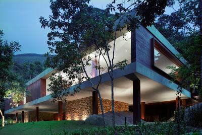 fachada-Casa-BR-Marcio-Kogan