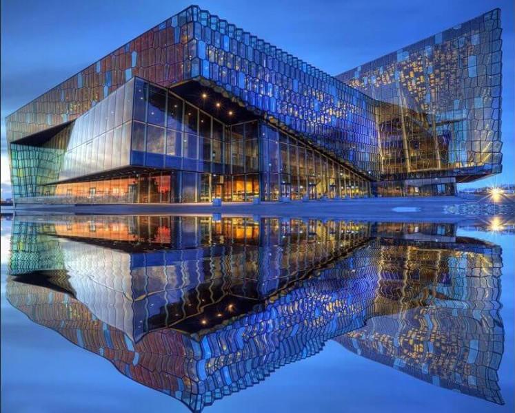 edificio-cristal-arquitectura-contemporanea
