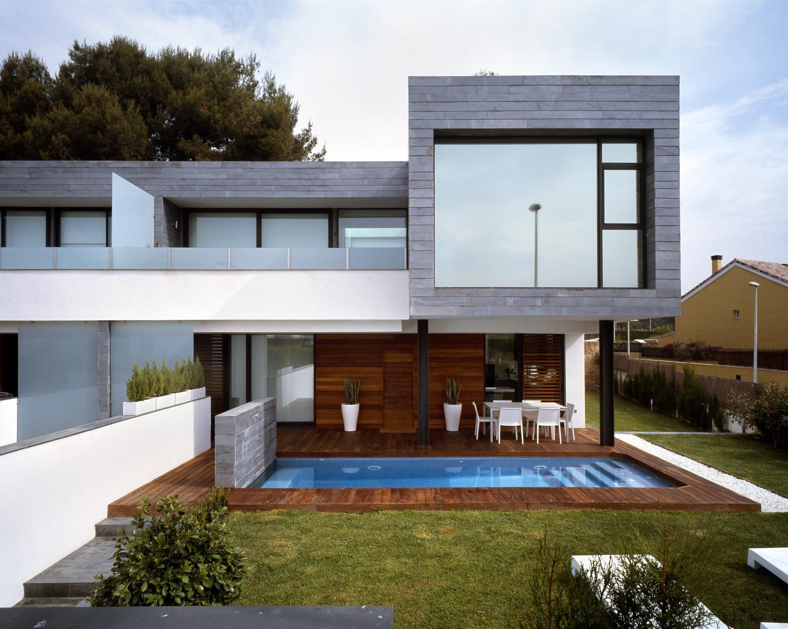 Casas-adosadas-de-Fachada-Moderna   ArQuitexs