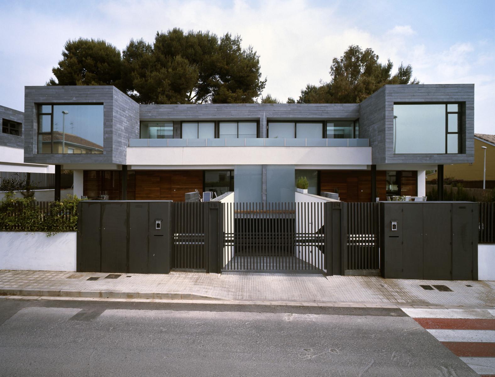 Fachada-moderna-Casas-adosadas   ArQuitexs