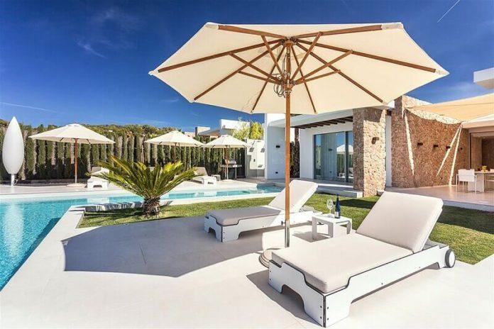 mobiliario para piscina