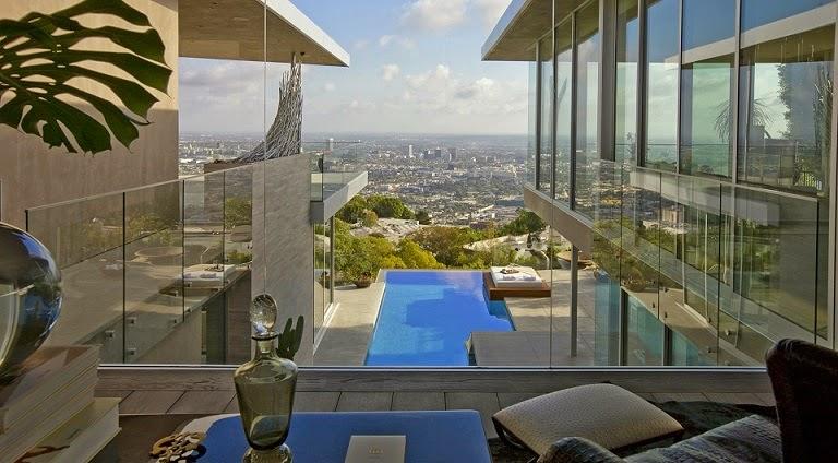 arquitectura-contemporanea-Casa-Blue-Jay-Way-McClean-Design