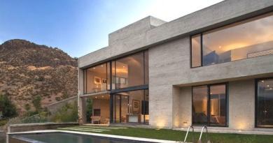 Casa Camino La Huerta / Claro + Westendarp + Rodrigo Cisternas
