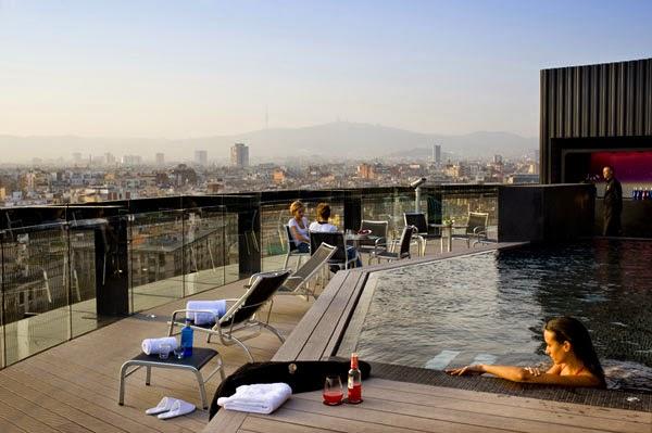 piscina-Barcelo-Raval-Hotel