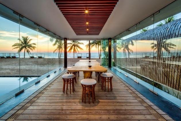 terraza-comedor-villa-Iniala-Beach
