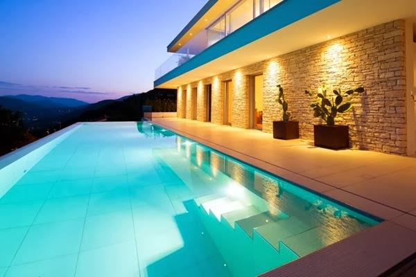 Casa Lombardo de diseño minimalista / Philipp Architekten, lago Lugano