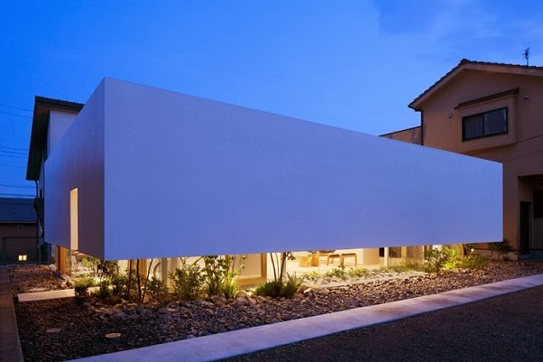 Dise o minimalista green edge house by ma style architects jap n arquitexs - Minimalismo en casa ...