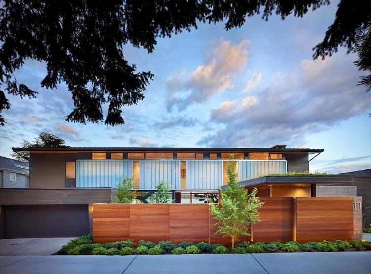 Casa Moderna Courtyard Dise O En Madera Por Deforest