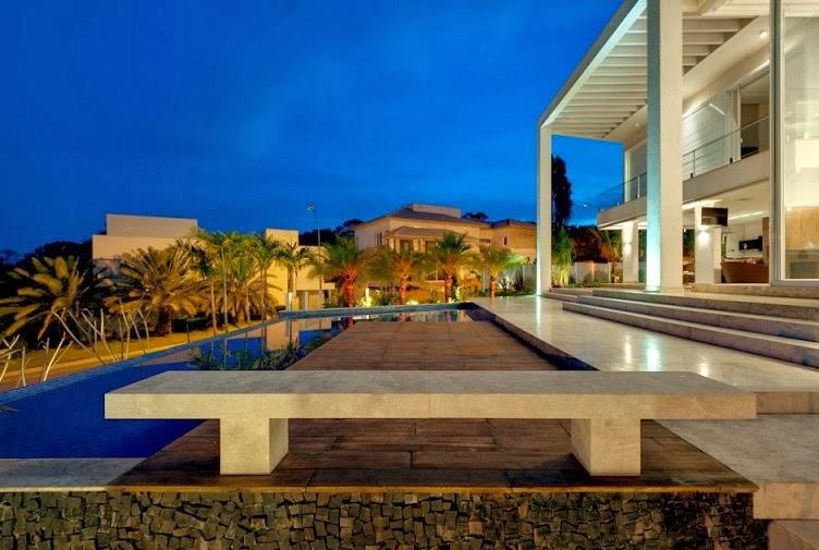 casa-fachada-moderna-brasil