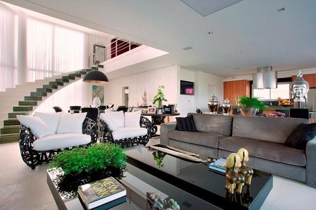 Moderna y minimalista resid ncia nj en brasil arquitexs for Ambientes minimalistas interiores