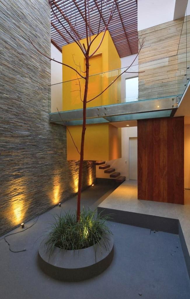 Casa P12 / Martin Dulanto Arquitecto