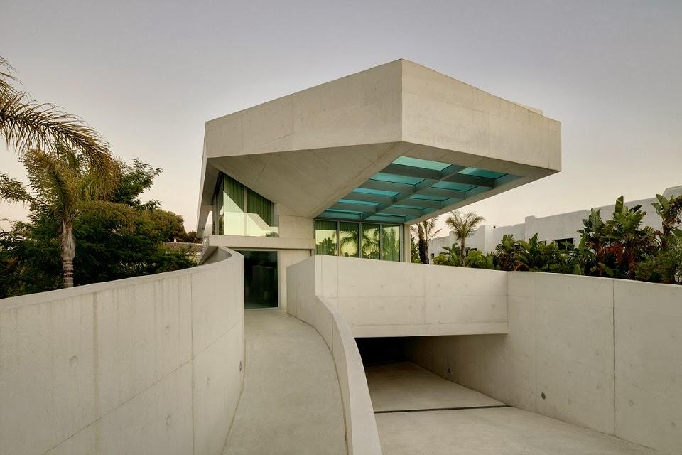 casa-de-lujo-con-piscina-en-marbella-Wiel-Arets-Architects