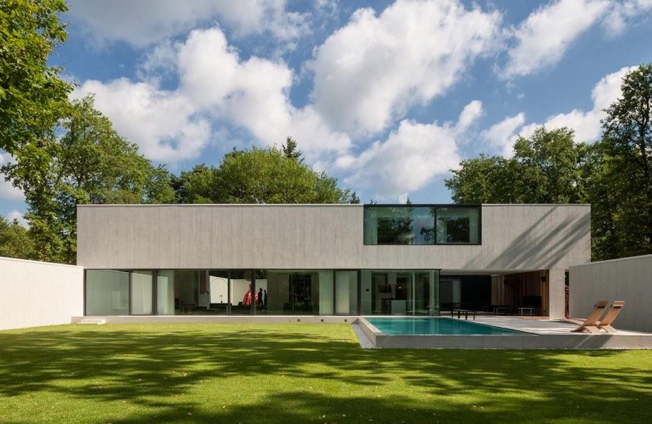 Arquitectura minimalista casa dm por cubyc architects for Arquitectura minimalista casas