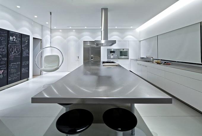 cocina-de-diseño-encimera-acero