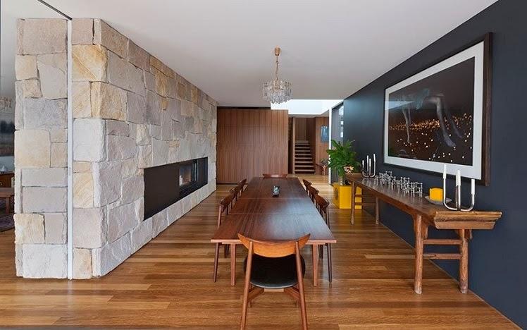Casa flipped con modernas fachada de madera mck - Muros decorativos para interiores ...