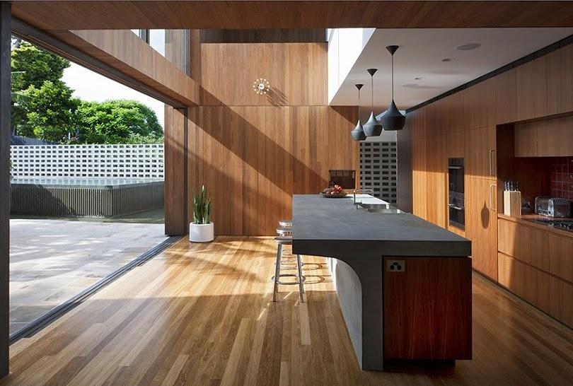 Casa flipped con modernas fachada de madera mck - Suelos de casas modernas ...