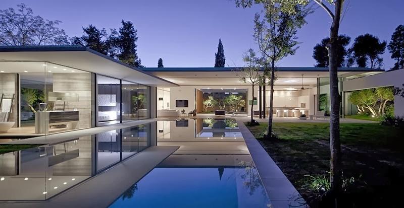Casa float muros de cristal pitsou kedem architects for Construcciones minimalistas