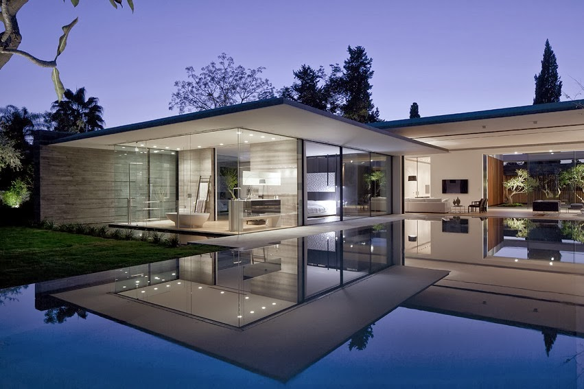 Casa float muros de cristal pitsou kedem architects for Fachadas de cristal