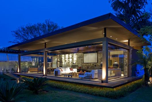 Casa loft bauhaus de ana paula barros rinde homenaje a la for Casa moderna tipo loft
