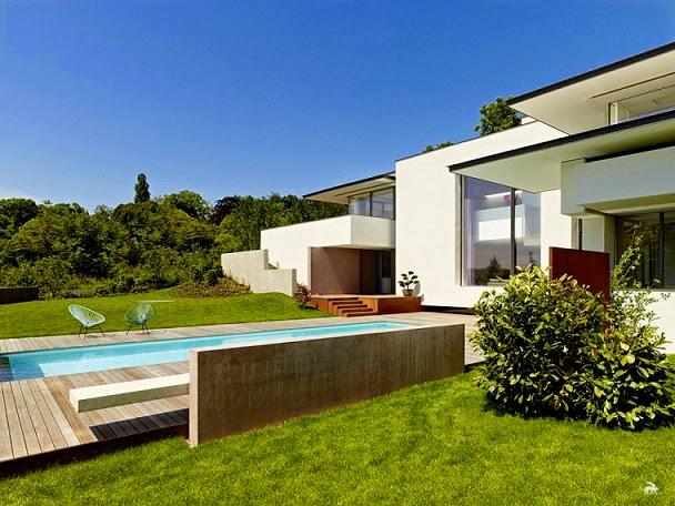 piscina-casa-moderna-Alexander-Brenner-Arquitectos
