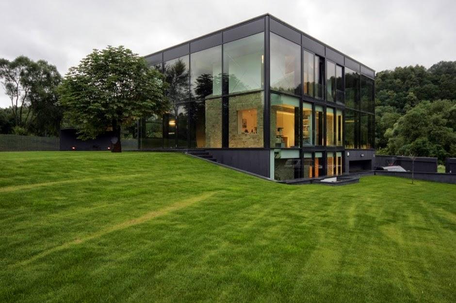casa-moderna-fachada-cristal