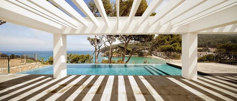 diseño-minimalista-Casa-en-costa-brava-Garces-De-Seta-Bonet