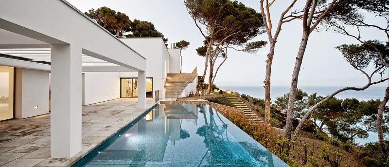 casa-minimalista-costa-brava-españa