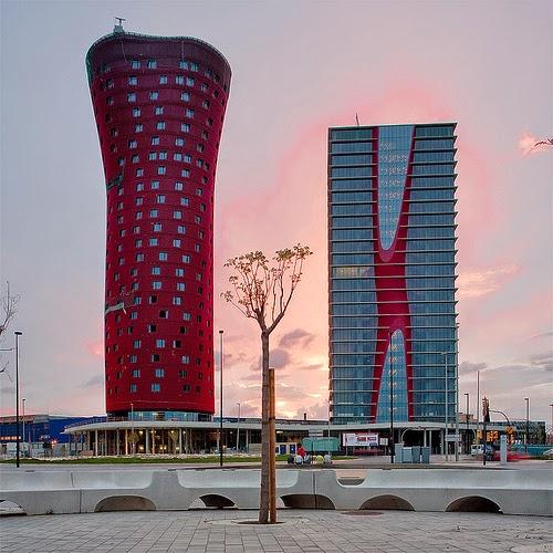 Arquitecto-Toyoo-Itō-Torre-Realia-torres-fira-barcelona-arquitectos contemporáneos y sus obras