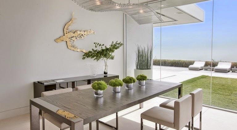 Casa minimalista beverly hills mcclean design california for Comedor minimalista