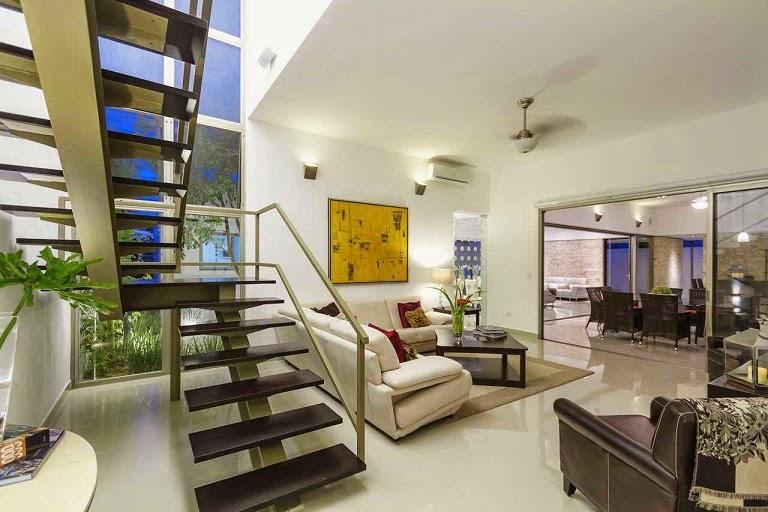 Casa minimalista dise o moderno de l neas puras arquitexs for Diseno de interiores merida