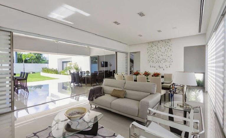 Casa minimalista dise o moderno de l neas puras arquitexs for Diseno de interiores de casas modernas minimalistas