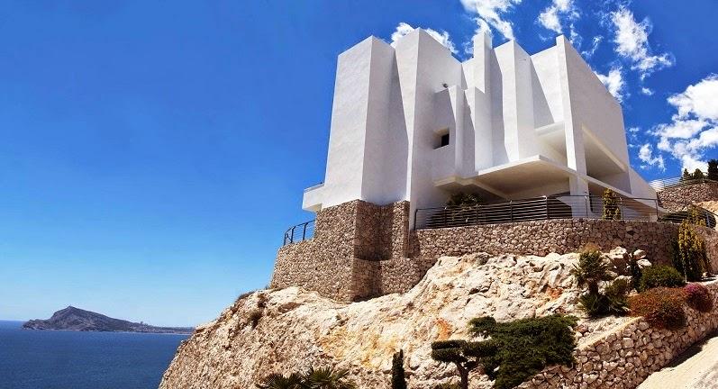 "Casa ""La Perla Del Mediterráneo"" / Carlos Gilardi"