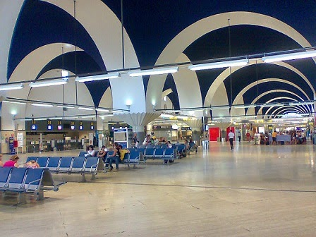 Nueva-Terminal-aeropuerto-Sevilla-arquitecto-rafael-moneo-arquitectos famosos y sus obras