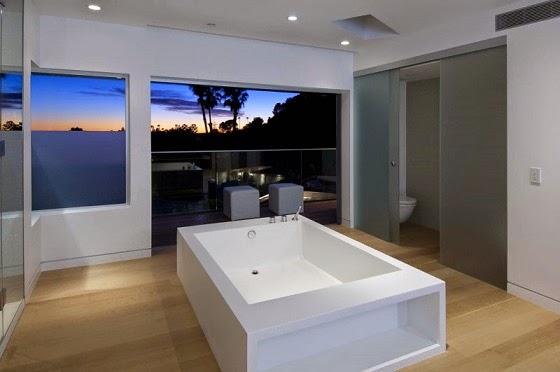 bañera-casa-de-lujo
