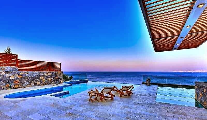 casa-de-lujo-con-piscina-grecia