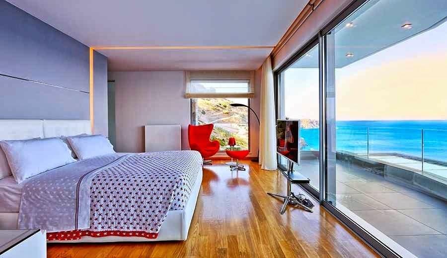 Casa de playa en isla creta con vistas al mar egeo arquitexs for Casa moderna frente al mar