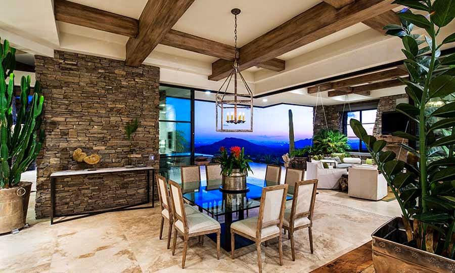 Desert mountain retreat architector scottsdale arizona for Casas de madera modernas