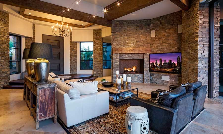 Desert mountain retreat architector scottsdale arizona for Decoracion casa piedra