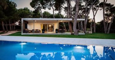 pabellon-y-piscina-entre-pinos-e2b-arquitectos