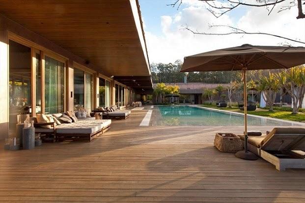 Nova Lima House / Saraiva + Associados