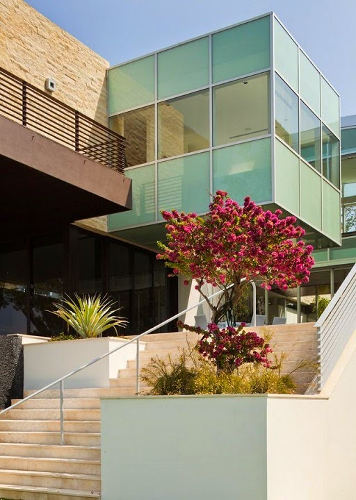 River Road House / Hughes Umbanhowar Architects