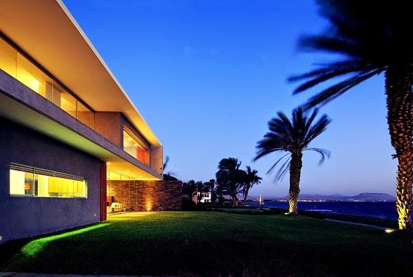 fachada-piedra-casa-de-playa