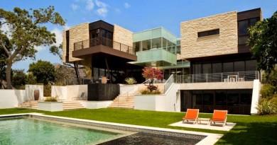 Fachada de piedra un lenguaje armónico en la arquitectura contemporánea.