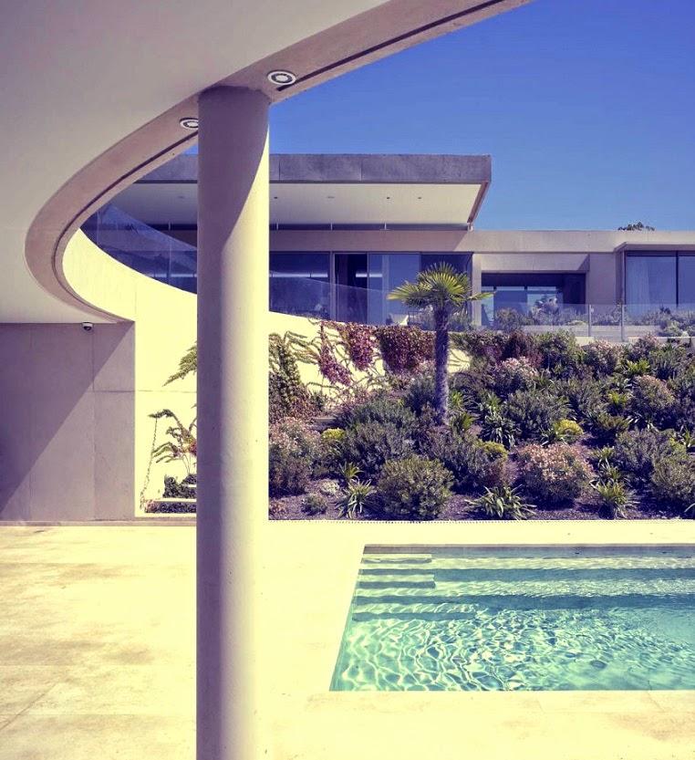 casa-en-vitacura-con-piscina