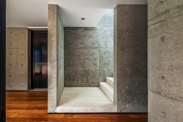 muros-interiores-hormigon-casa-moderna