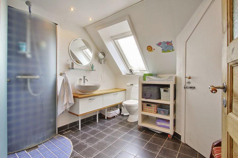 baño-decoracion-interior-departamento-atico-dinamarca