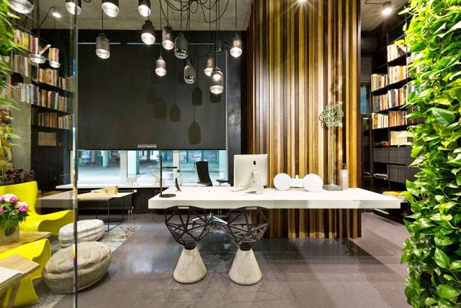 Oficina y showroom taller arquitectura sergey makhno for Despacho diseno interiores